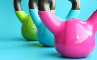 How to Do a Kettlebell Swing?